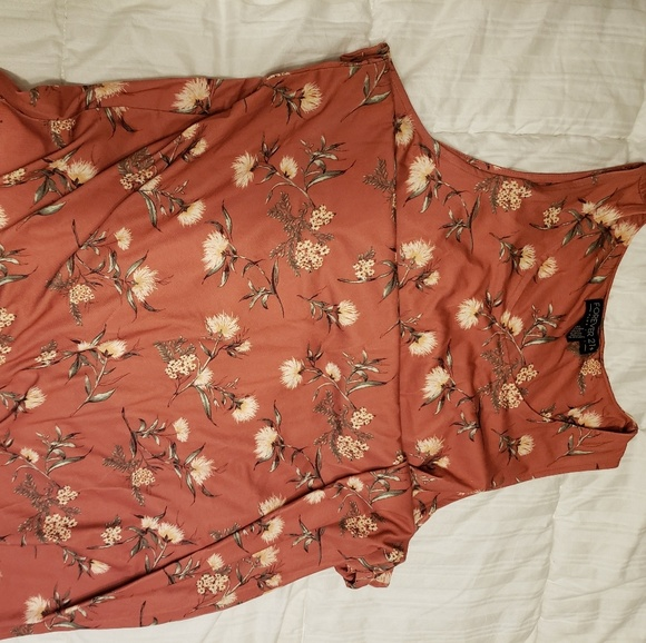 Forever 21 Dresses & Skirts - Rust colored cotton dress with dandelion print